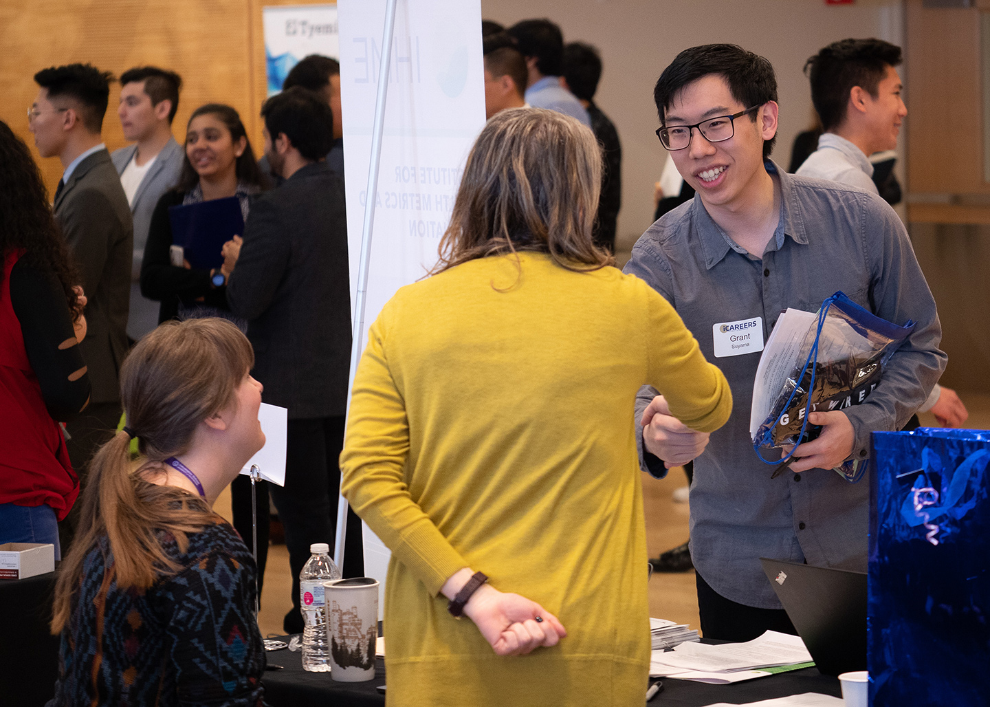 ISchool Career Fair Attracts Hundreds Of Students