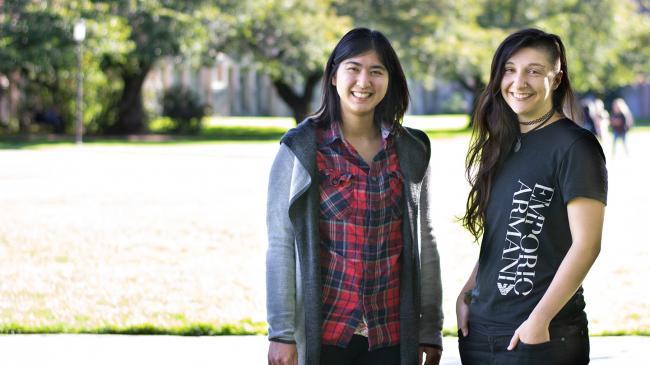 Mina Tari and Yim Register